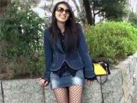 【ひとずま無修正動画】出会い系で引っかけた23歳の若妻に公園の公衆便所でフェラチオでヌイてもらうw